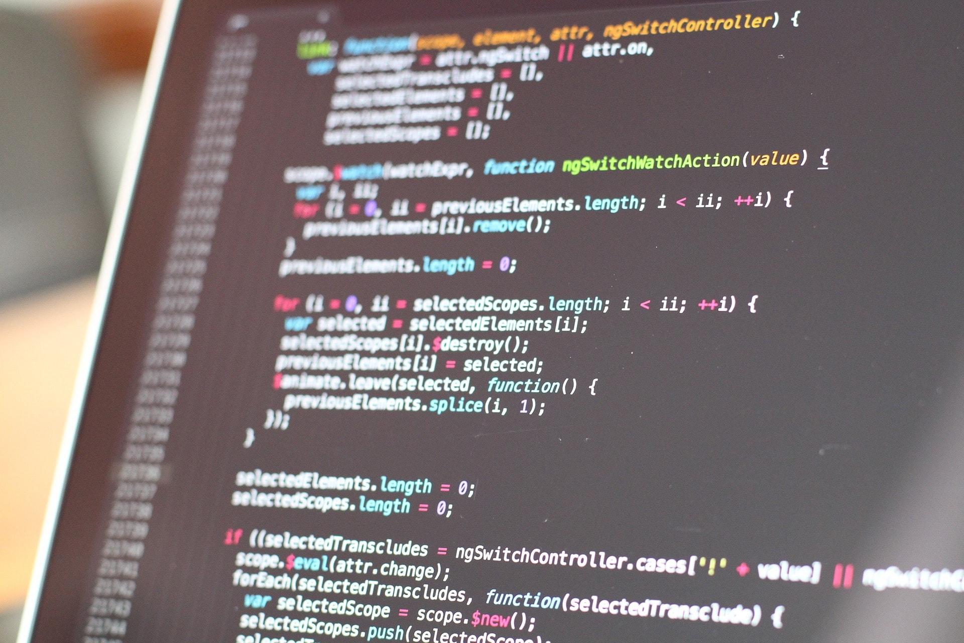 ICT werk je dan alleen met computers?