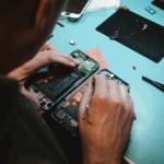 Hoe-zorg-je-dat-je-telefoon-laten-repareren-kunt-voorkomen